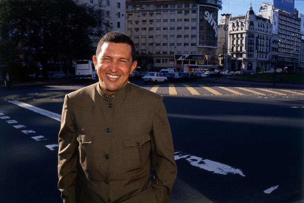 Chávez en liquiliqui, Buenos Aires, 1995.